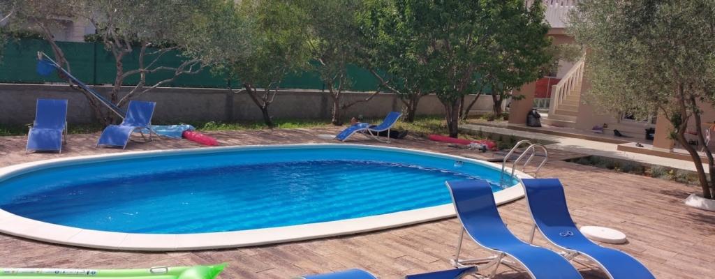 bazenski rubni kamen, pool coping, pool elements, swimming pool, concrete elements for pools, Schwimmbecken, Betonelemente für Schwimmbäder